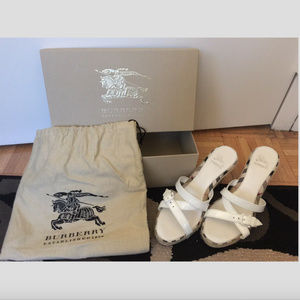 BURBERRY White Patent Wedges Size 39 Made In Italy
